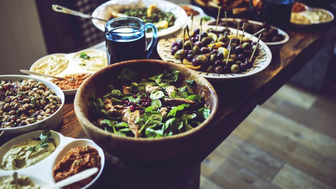 food-salad-healthy-vegetables (1)