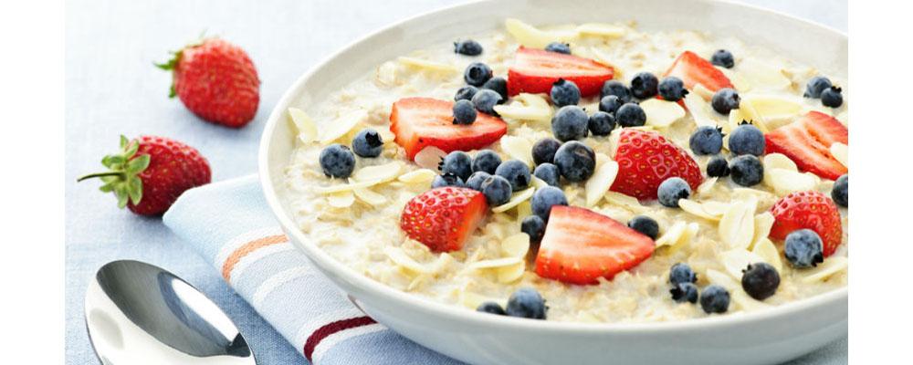 Resultado de imagen para quinoa con leche y frutas