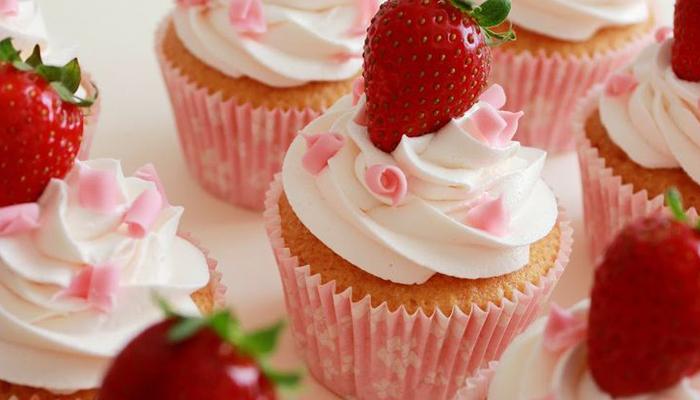 Cupcakes de fresas con chocolate blanco