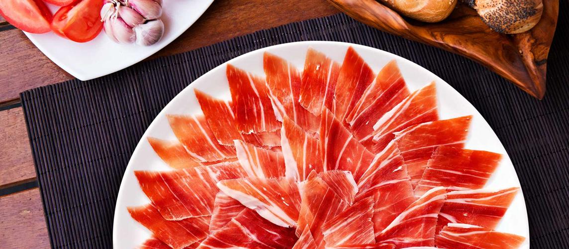 Abrir, cortar y conservar un jamón