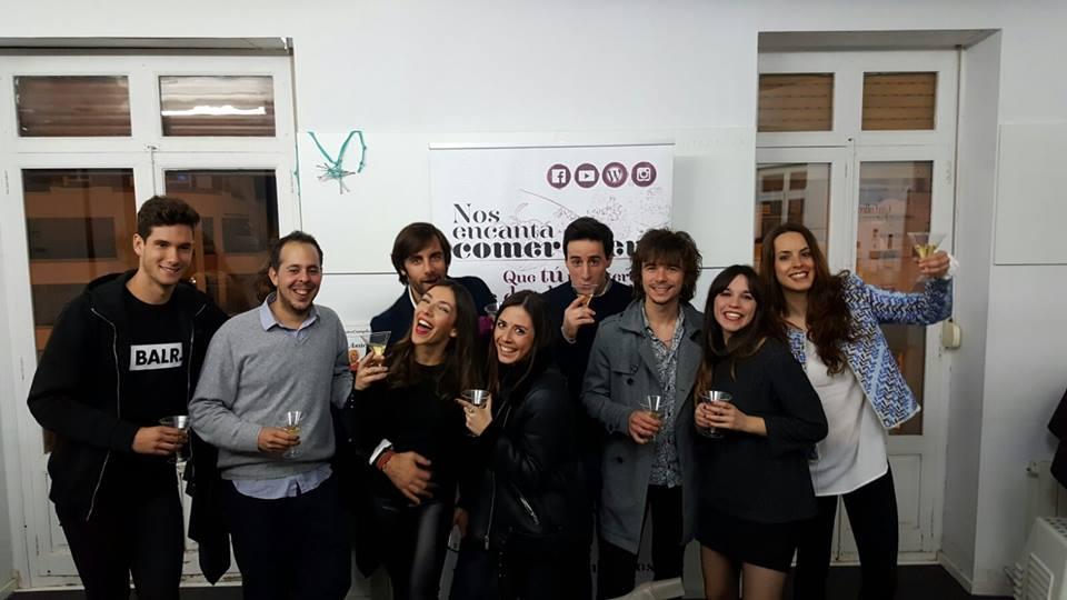 Gastroagencia arranca las Fallas invitando a clientes y colaboradores a la mascletà nocturna