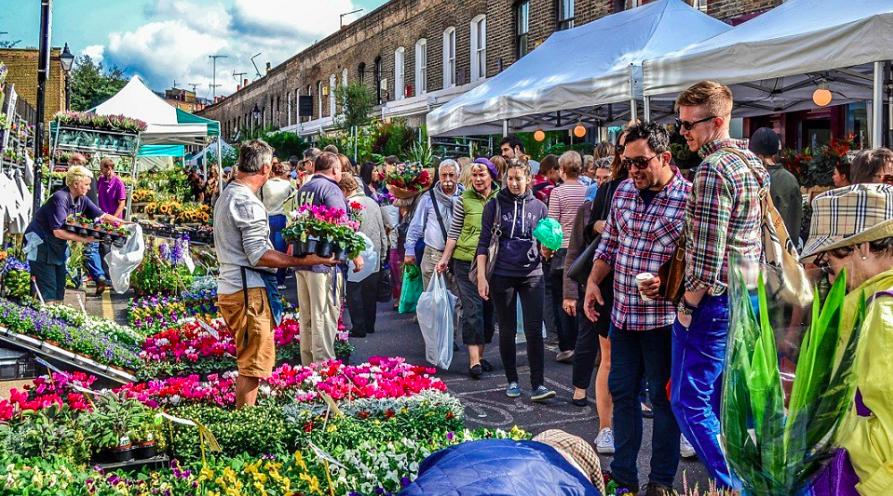 Un mercado flotante de flores ocupará la Marina de València en la Feria de la Primavera