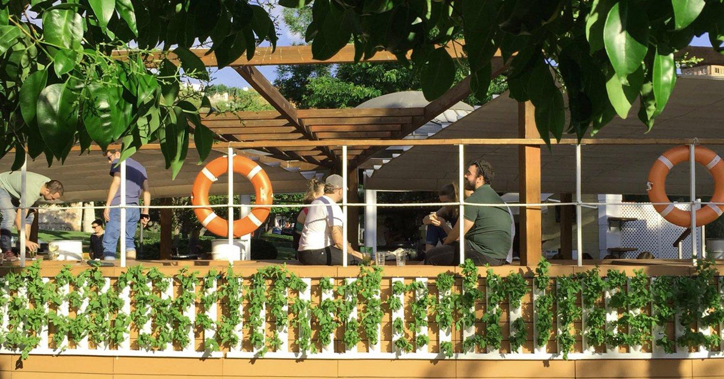 Jardines verticales para hoteles: una de las principales tendencias en 2019