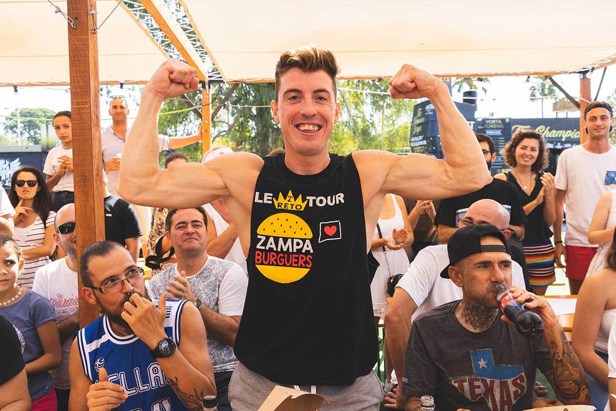 Ganador Concurso Comer Hamburguesas - Ricardo Monar